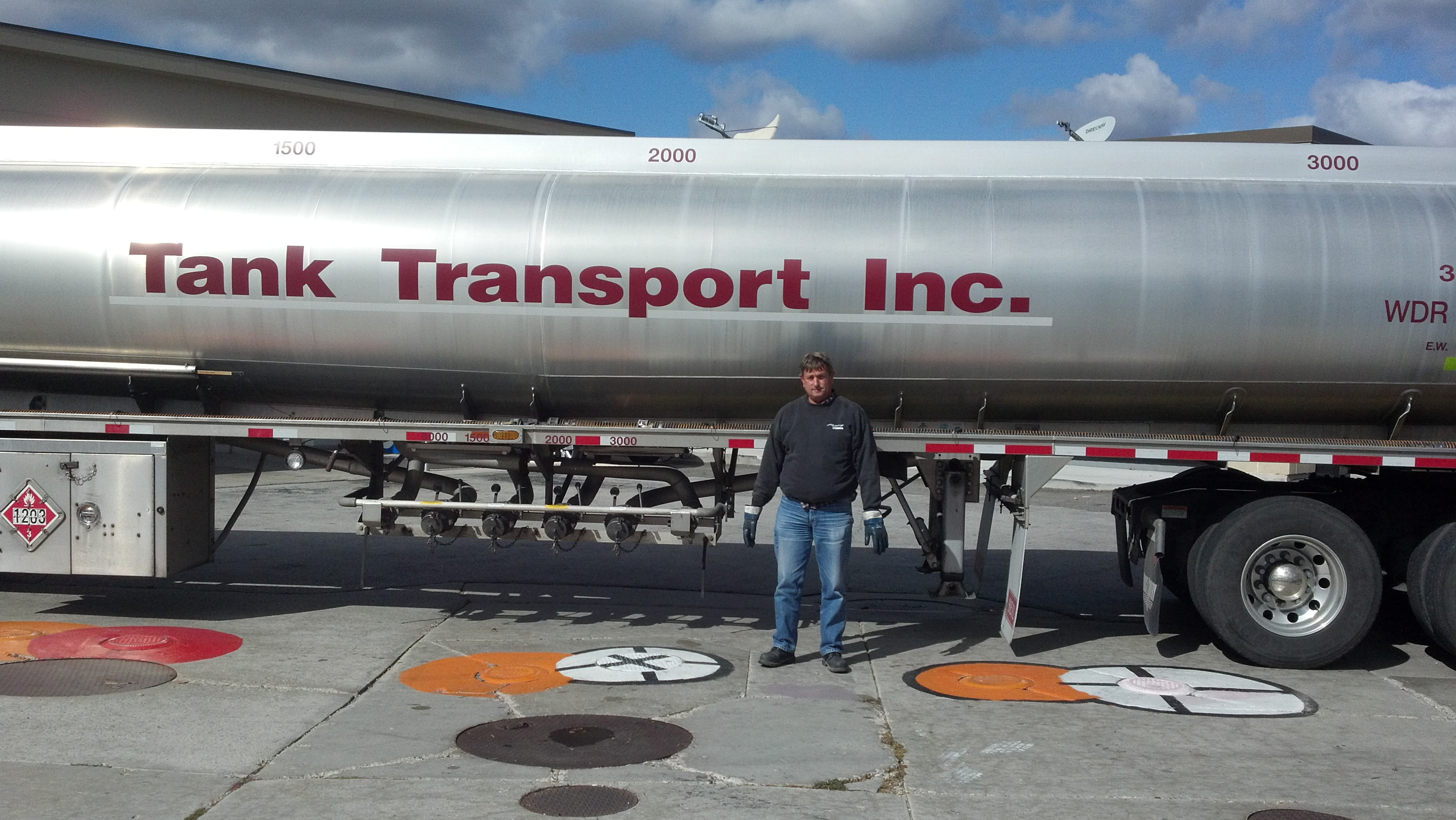 Dave Greve Tank Transport Teamster Member with 27 years in the tank business, soon to be fighting the elements delivering fuel we rely on in our daily life.